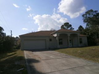 3 BR,  2.00 BTH  Single family style home in Palm Bay