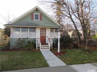 3 BR,  2.00 BTH  Single family style home in Seaford