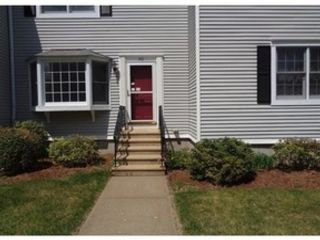 3 BR,  2.00 BTH Single family style home in Amherst
