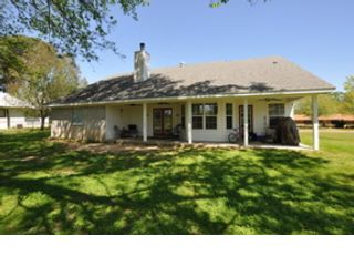 5 BR,  2.00 BTH  Single family style home in Bonifay