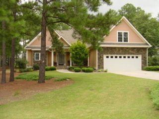 4 BR,  3.00 BTH Single family style home in Whispering Pines
