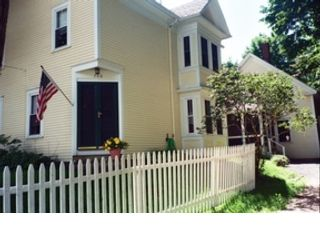 3 BR,  4.50 BTH Contemporary style home in Brooklin