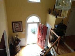 3 BR,  5.50 BTH Single family style home in La Conner