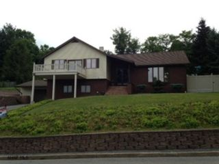2 BR,  3.50 BTH Single family style home in Palos Park