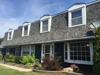 2 BR,  2.50 BTH Single family style home in Palos Park