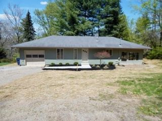 4 BR,  4.00 BTH Single family style home in Westborough