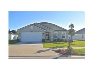 3 BR,  2.00 BTH Contemporary style home in Jacksonville