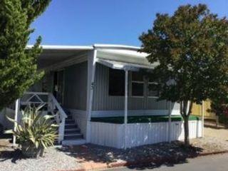 3 BR,  2.00 BTH Single family style home in Oak Run
