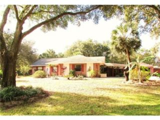 3 BR,  2.00 BTH  Single family style home in North Port