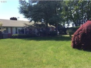 2 BR,  2.00 BTH Condo style home in Amherst