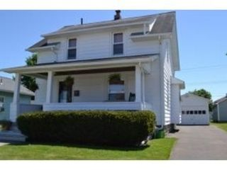 3 BR,  2.00 BTH  Single family style home in Roanoke