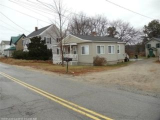 4 BR,  2.00 BTH 2 story style home in Athens