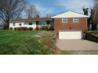 [Union Hall Real Estate, listing number 8079011]
