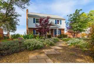 [Union Hall Real Estate, listing number 8079013]