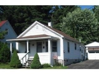 4 BR,  2.00 BTH Colonial style home in New Bedford