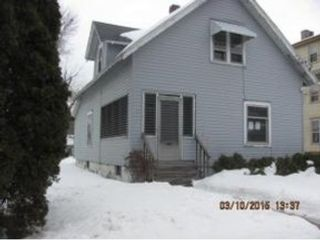 4 BR,  2.50 BTH  Multi-family style home in Fall River