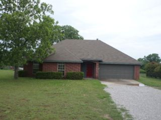 5 BR,  3.50 BTH Single family style home in Rockwood