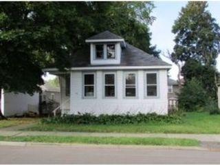 4 BR,  3.50 BTH Single family style home in Hampton