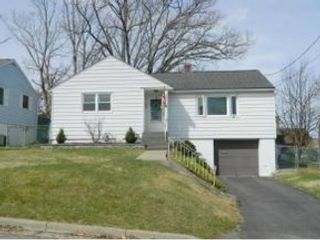6 BR,  6.50 BTH 2 story style home in Circleville