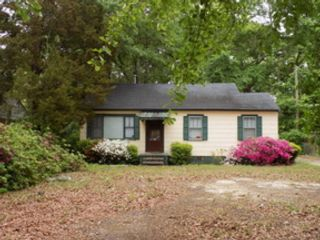 4 BR,  3.50 BTH Mountain style home in Blowing Rock