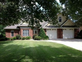 3 BR,  3.00 BTH Contemporary style home in Sanford