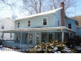 3 BR,  2.50 BTH Single family style home in Quincy