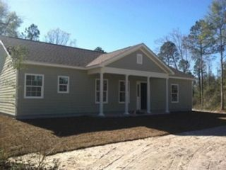 4 BR,  3.00 BTH Single family style home in Rockledge