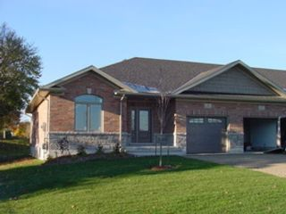 5 BR,  5.50 BTH Single family style home in Holden