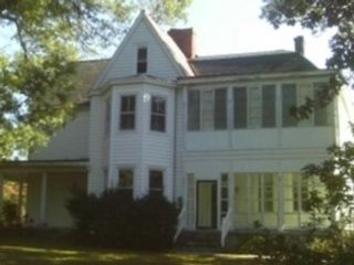 Studio,  0.00 BTH Single family style home in North Canaan