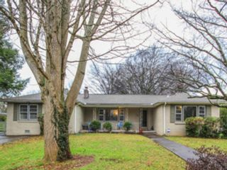 4 BR,  5.50 BTH  Single family style home in Louisville