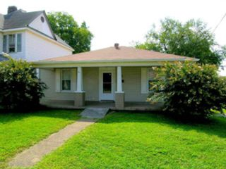4 BR,  2.50 BTH Traditional style home in Knoxville