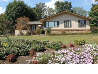 3 BR,  1.00 BTH Single family style home in Oliver Springs