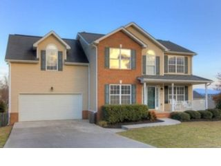 3 BR,  3.00 BTH Single family style home in Maryville