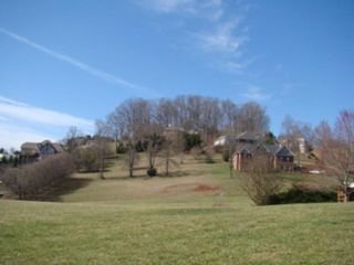 4 BR,  2.00 BTH Manufactured ho style home in Knoxville