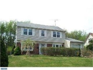 4 BR,  2.00 BTH 2 story style home in Urbana
