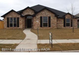 4 BR,  3.50 BTH Craftsman style home in Fayetteville