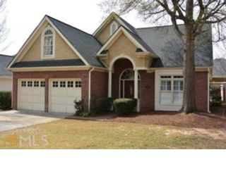 4 BR,  4.50 BTH Craftsman style home in Newnan
