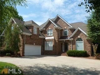 4 BR,  4.50 BTH Traditional style home in Newnan