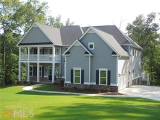 5 BR,  4.00 BTH Single family style home in Newnan