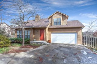 3 BR,  3.00 BTH Single family style home in Knoxville
