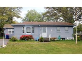 2 BR,  1.50 BTH Traditional style home in Denham Springs