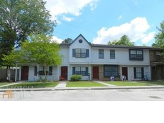 Studio,  0.00 BTH Commercial style home in North Attleboro