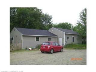 6 BR,  2.50 BTH Single family style home in Scarborough