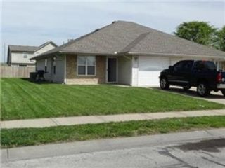 3 BR,  2.50 BTH Single family style home in Addison