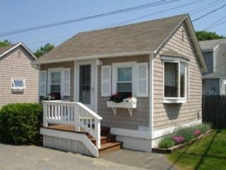2 BR,  2.50 BTH Townhouse style home in Marshfield