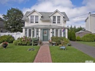 3 BR,  2.00 BTH Cape cod style home in Otisfield