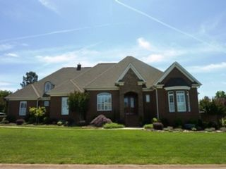 4 BR,  3.00 BTH Single family style home in Dilworth