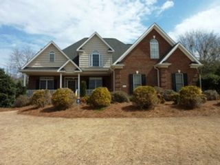 3 BR,  1.00 BTH Single family style home in Wakefield