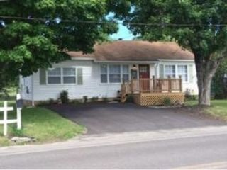 Studio,  0.00 BTH  Commercial style home in Benton