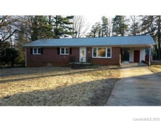 4 BR,  2.00 BTH  Single family style home in Salem